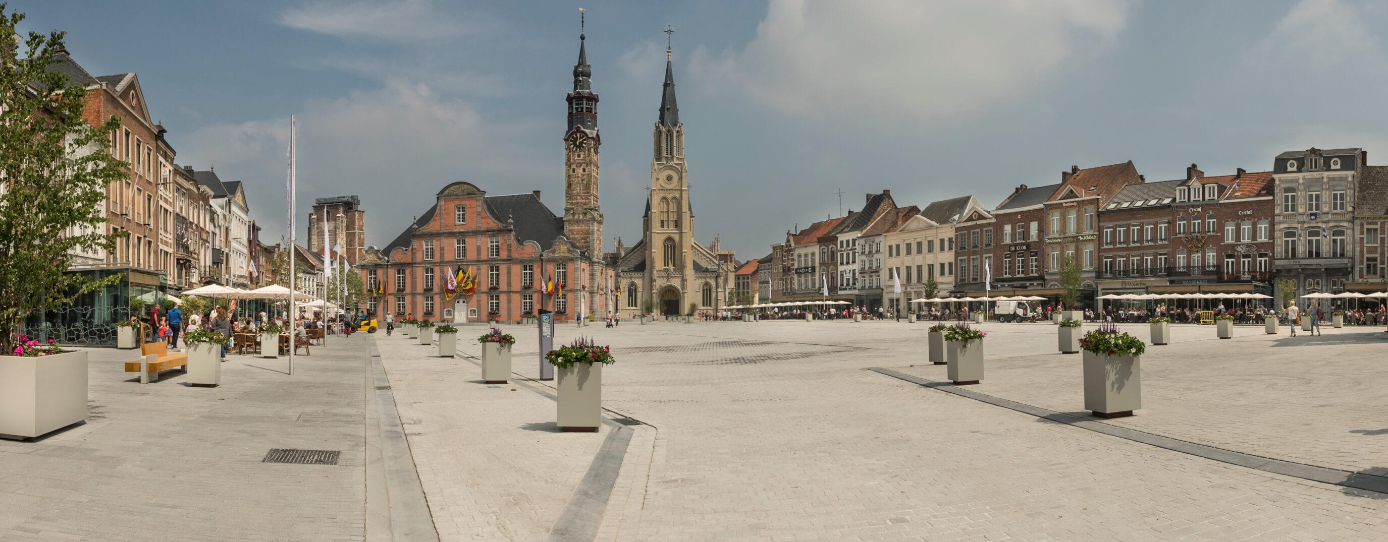 Stadhuis Belfort & Grote Markt - Toerisme Sint-Truiden
